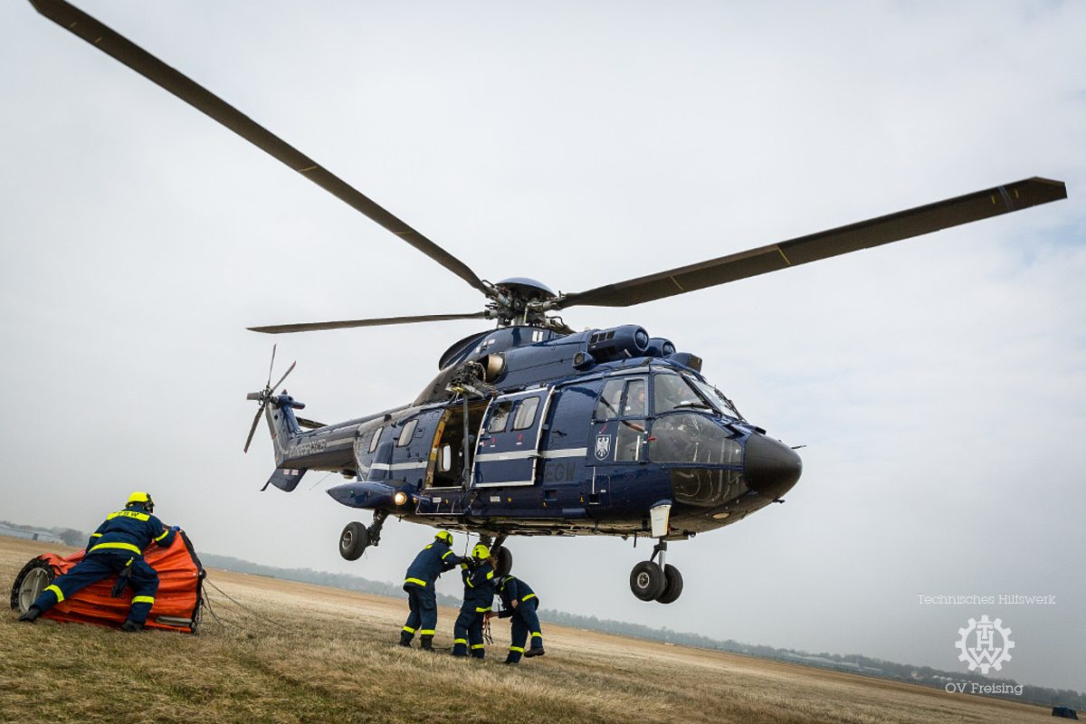 Ausbildung von THW-Flughelfern bei der Bundespolizei