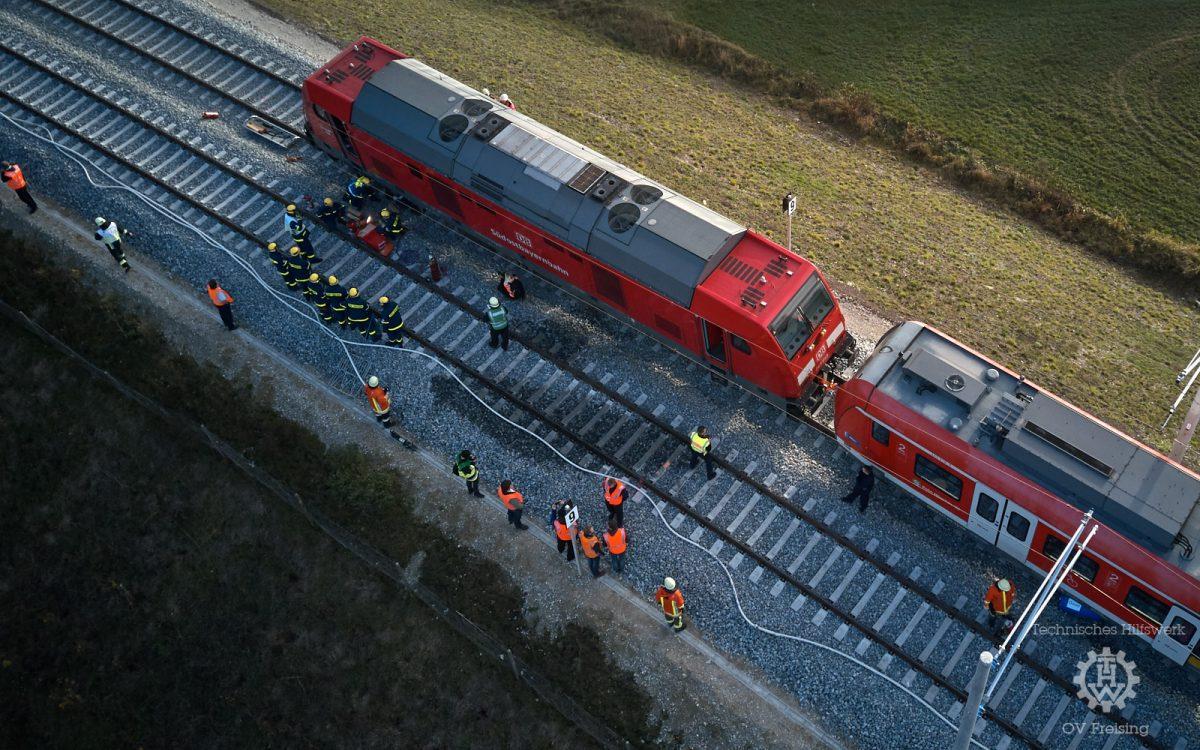 """Katastrophenschutzübung """"Bahnunfall"""" des Landkreises Freising"""
