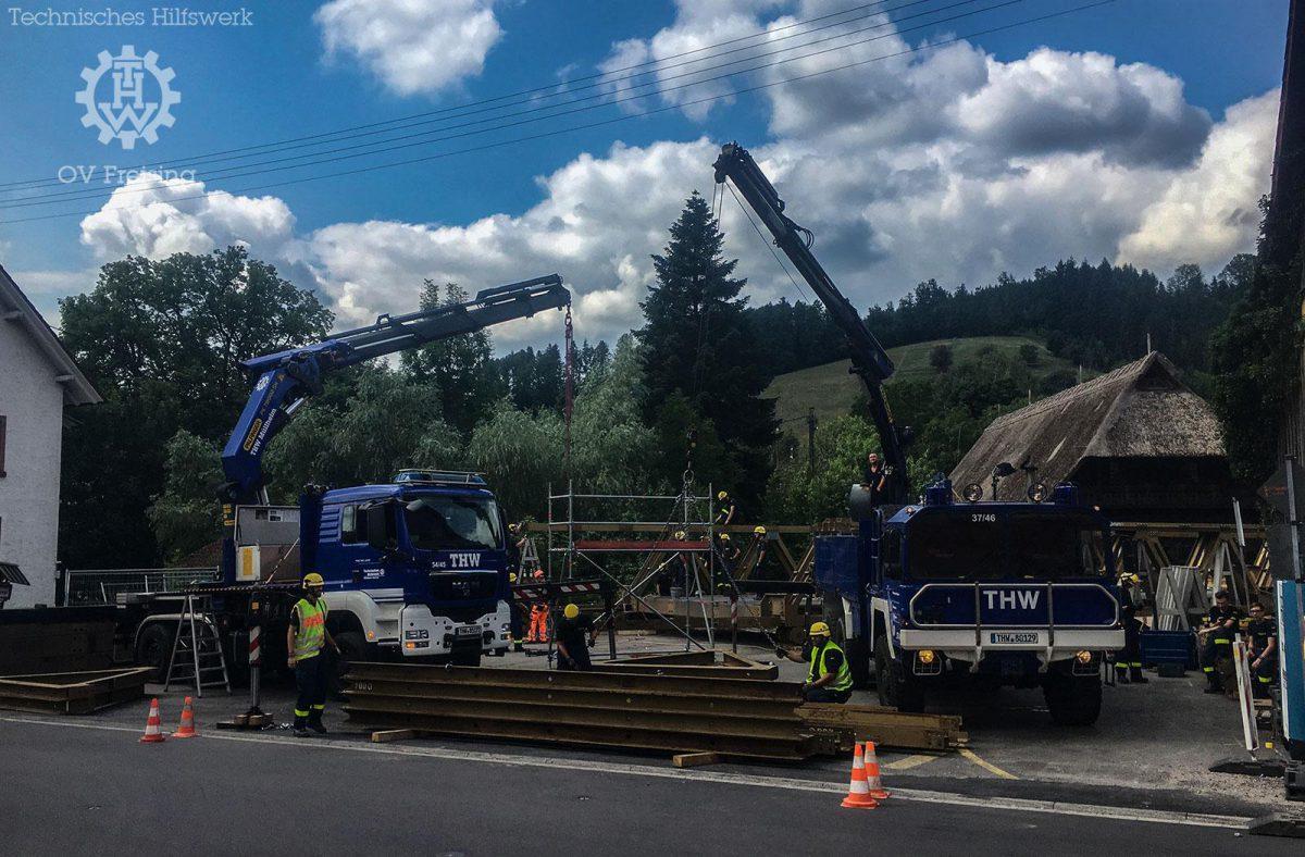 Freisinger Brückenbaukräfte unterstützen THW Kameraden aus Müllheim