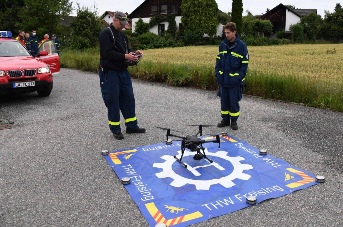 Freisinger Drohnen Spezialisten unterstützen Vermisstensuche in Vilsbiburg