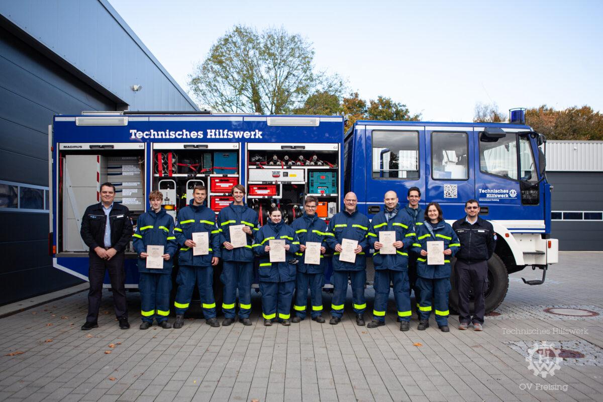 Erfolgreiche Abschlußprüfung für acht neue Einsatzkräfte im THW Freising